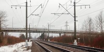 Сергиевский путепровод, железная дорога