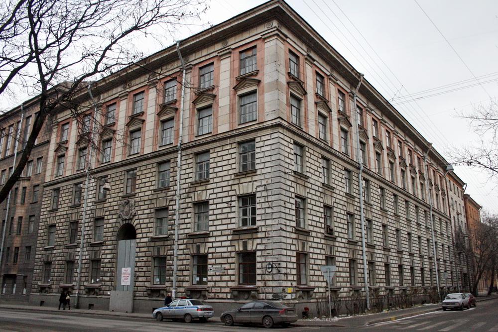 Малый проспект Петроградской стороны, 77-79