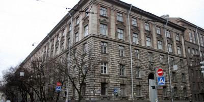 Малый проспект Петроградской стороны, 83