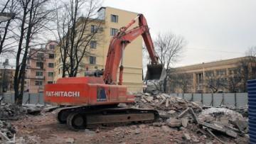 Лесной проспект, 67, учебный лингвистический центр, снос, разрушение, экскаватор