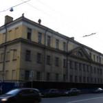 Кирочная улица, 39 (угловой с Парадной улицей)