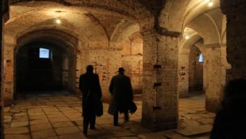 Подвал, некрополь, крипта костела, храма, церкви Посещения Пресвятой Девы Марии на Выборгской стороне