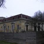 Заброшенный ресторан Охотничий домик в Удельном парке