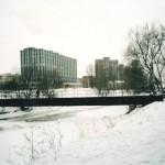 Пешеходный мост через реку Смоленку