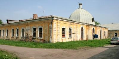 Нижние конюшни в Пушкине, корпус во дворе