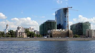 Банк Санкт-Петербург на Малой Охте, на Малоохтинском проспекте
