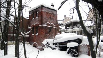 Хозяйственная постройка усадьбы Орловых-Денисовых на Главной улице, 29
