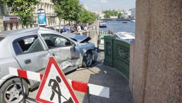 ДТП, авария на Аничковом мосту