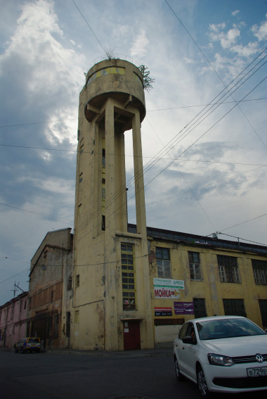 Сталепрокатный завод, Красный гвоздильщик на 25-й линии, водонапорная башня, канатный цех