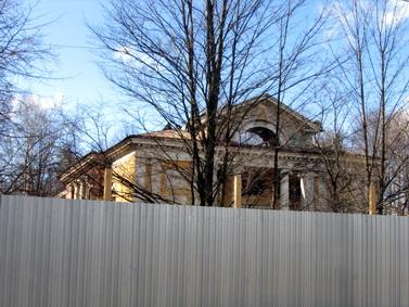 Большая Озерная улица, 72, кинотеатр Озерки