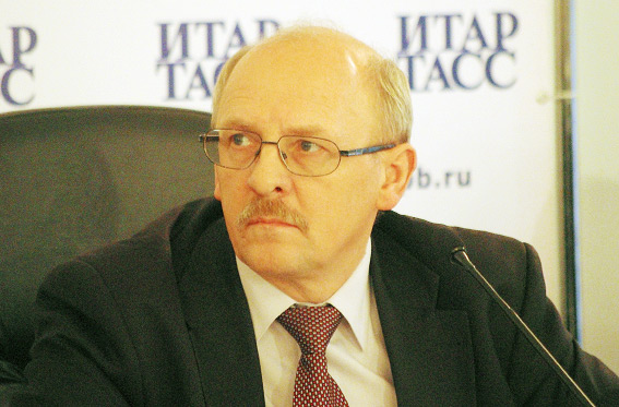 Александр Ржаненков, председатель Комитета по труду и социальной защите населения