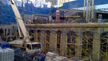 Строительство вестибюля станции метро «Адмиралтейская», первый этаж