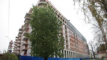 Жилой комплекс «Люмьер», угол Корпусной улицы и Большой Зелениной улицы