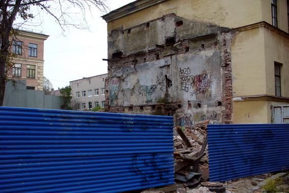 Снесенный флигель Бгаговещенского синодального подворья на 8-й линии Васильевского острова