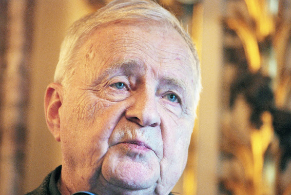Анатолий Кирпичников, археолог, руководитель Сталоладожской археологической экспедиции