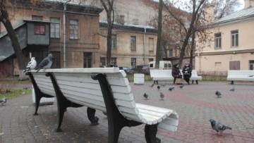 Сквер на улице Марата, угол Звенигородской и Марата