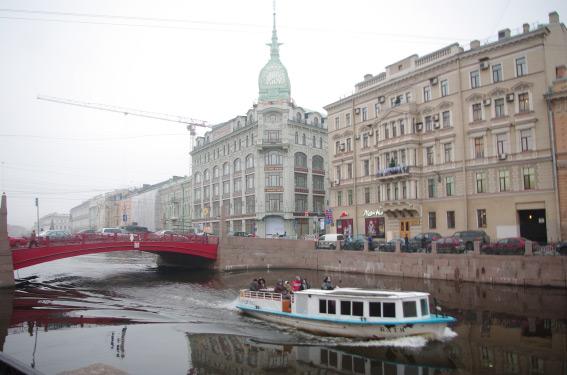 Торговый дом Эсдерса и Схефальса на углу Мойки и Гороховой улицы