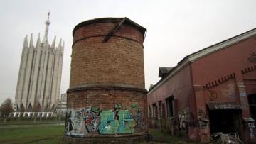 Лесная молочная ферма Бенуа, силосная башня