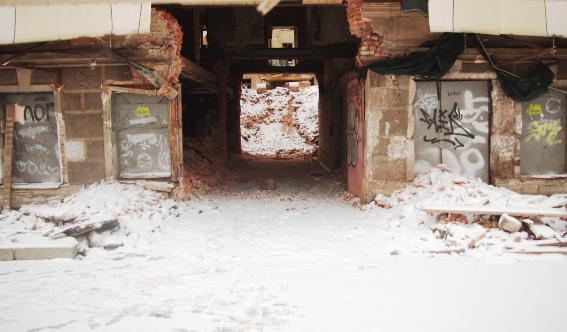 Снос доходного дома на набережной реки Фонтанки, 145б, арка