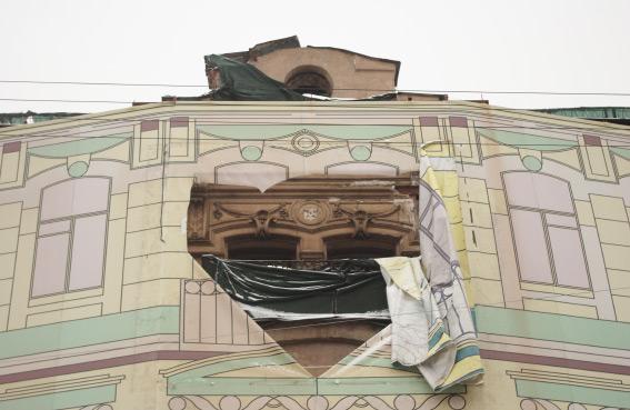 Фасад доходного доа на набережной реки Фонтанки, 145б