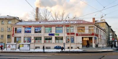 Кондратьевский проспект, 40, универмаг Калининский