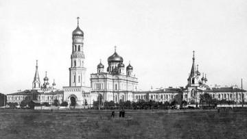Колокольня Воскресенского Новодевичьего монастыря на Московском проспекте