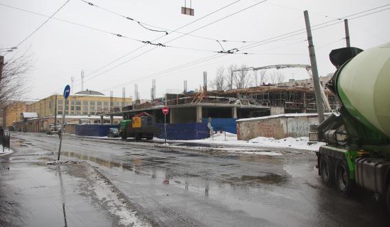 Строительство бизнес-центра, улица Решетникова, 12