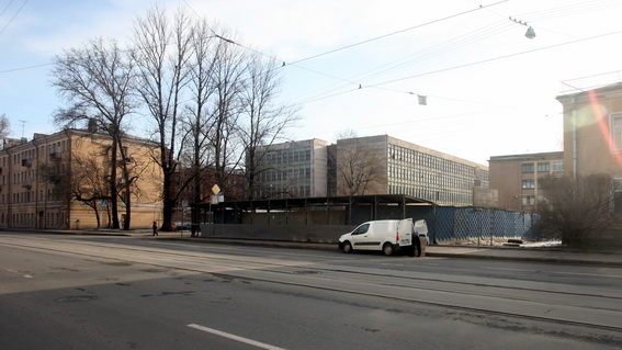 Улица Калинина, 14, строительство административно-офисного здания с выставочным залом