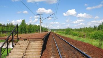 Пригородные железнодорожные платформы под Петербургом обновят