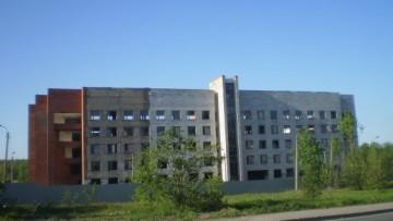 заброшенный лабораторный корпус на улице 1-го Мая