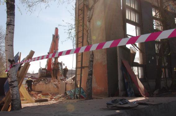 """Снос завода """"Баррикада"""" на проспекте Энергетиков, 9"""