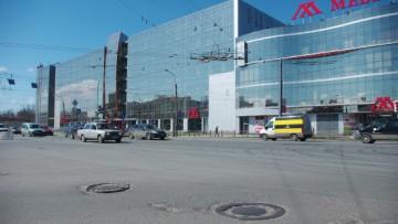 Бизнес-центр «Мебель Холл» на Ладожской