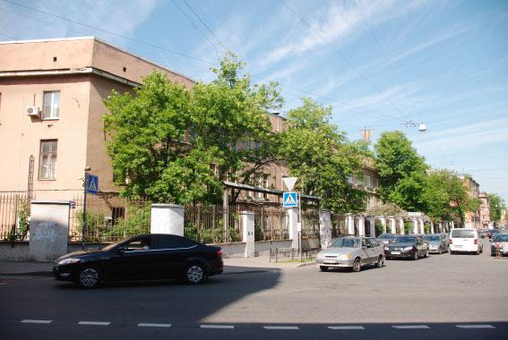 Фабрика Крупской покинет площадку на Социалистической улице