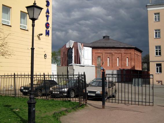 Газгольдер на улице Черняховского
