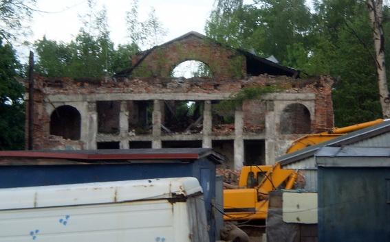Кинотеатр Озерки на Большой Озерной улице, 72, снос, разборка, демонтаж