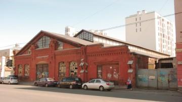 Старинный рынок на 16-й линии Васильевского острова, 83