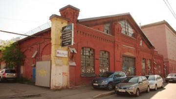 В старинный рынок на 16 линии В. О. въедут финские торговцы