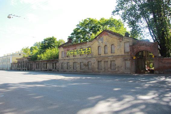 Здание на улице Калинина, 6, входящее в комплекс домов при Екатерингофской бумагопрядильной мануфактуре