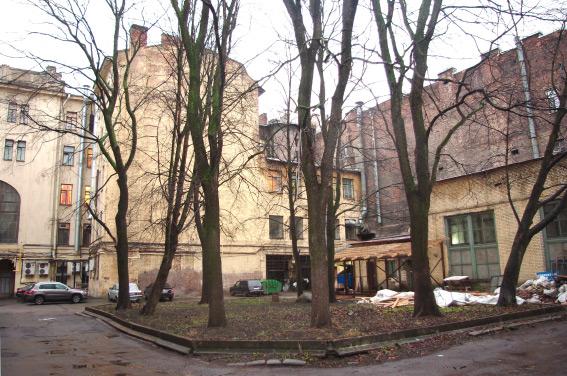 Двор на Лиговском проспекте, 45
