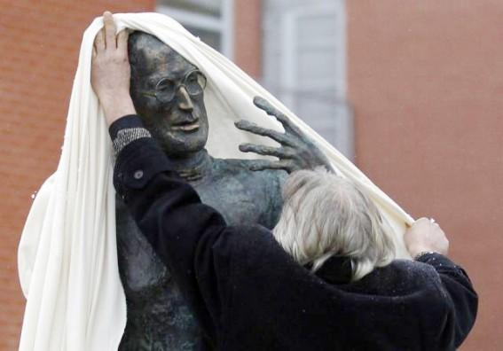 Памятник Стиву Джобсу может появиться во Фрунзенском районе