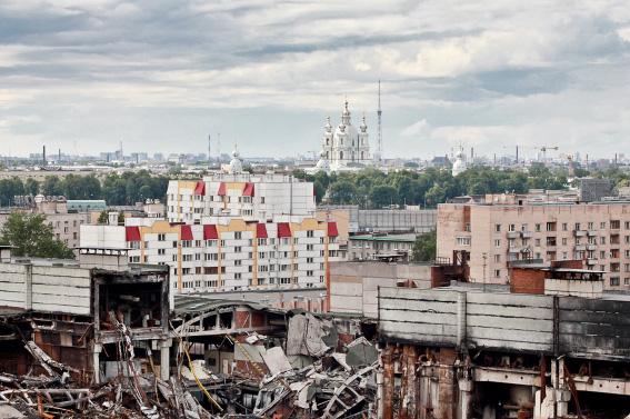 Сгоревший цех на Магнитогорской улице сносят как аварийный