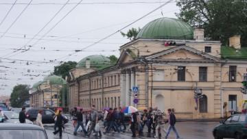 Здание Военно-медицинской академии на улице Академика Лебедева