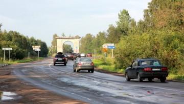 Напряженное движение через Ивановку Гатчинского района, пробки