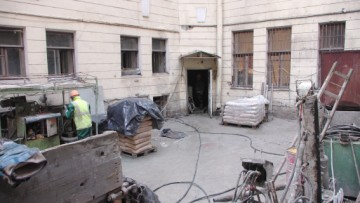 Подвалы Дома журналиста в Петербурге углубят на 70 см