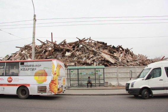 У Ладожского вокзала сносят довоенный сталинский жилмассив