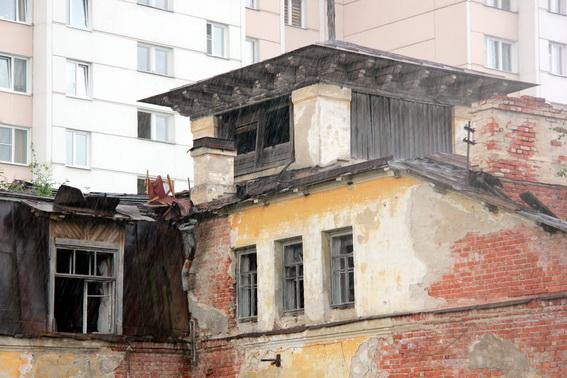 Дача Калмыкова в Петергофе, Университетский проспект, переулок Ломоносова