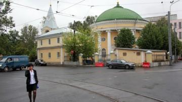 Церковь Святой Троицы, Кулич и Пасха, надстройка