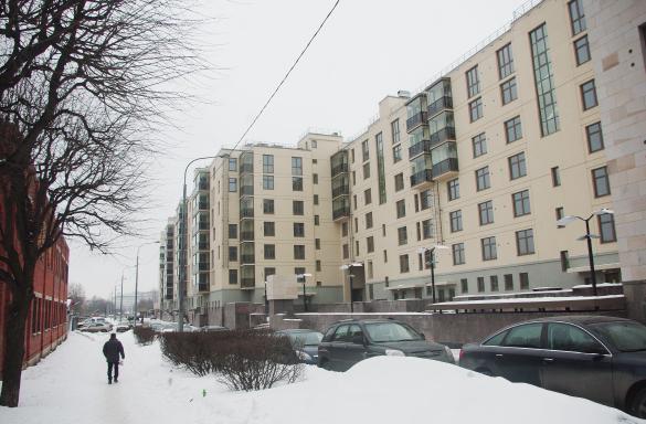 Орловская улица, 1. Первая очередь комплекса «Смольный парк»