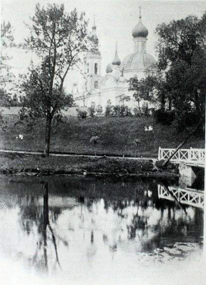 На месте первой церкви Петергофа построят типовую часовенку