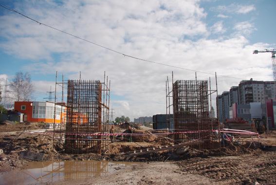 Строительство Суздальского шоссе с двумя путевопроводами